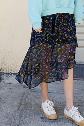 ruffle flower, skirt