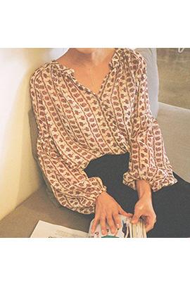 vely line, blouse