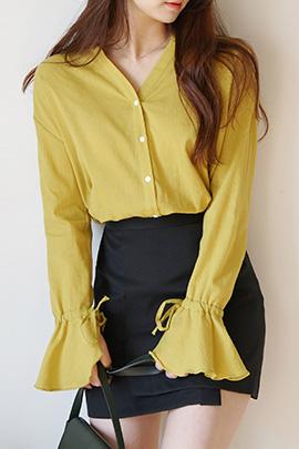 frill ribbon, blouse