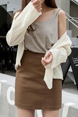 crisp, sleeveless