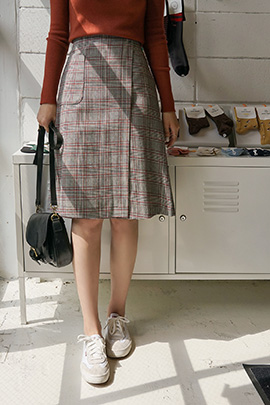 warm check , skirt