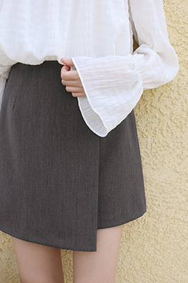 real overing, skirt