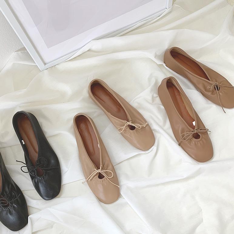 日常百搭系带圆头平底单鞋