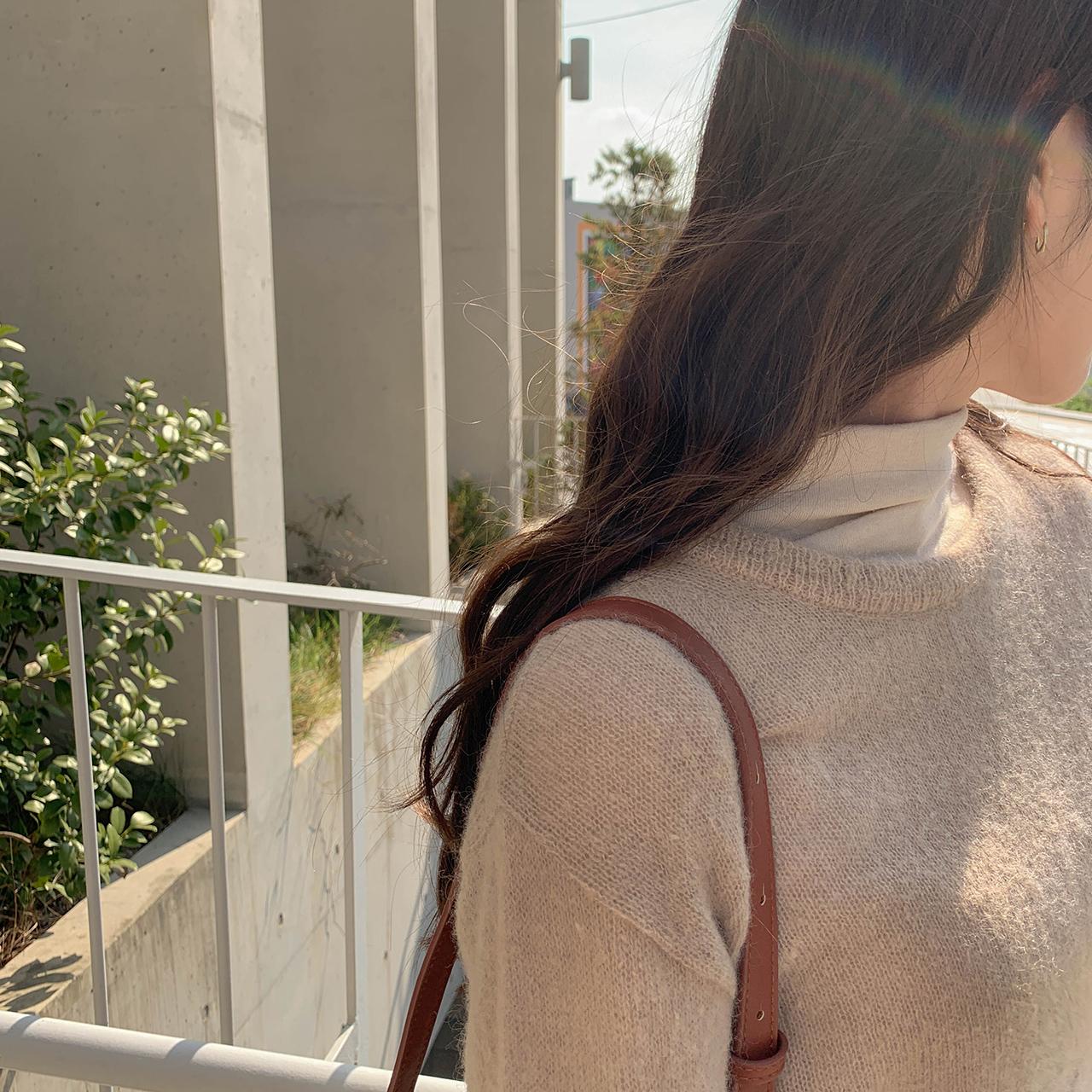 气质马海毛针织衫