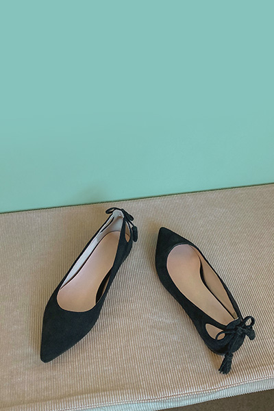后系带尖头平底单鞋