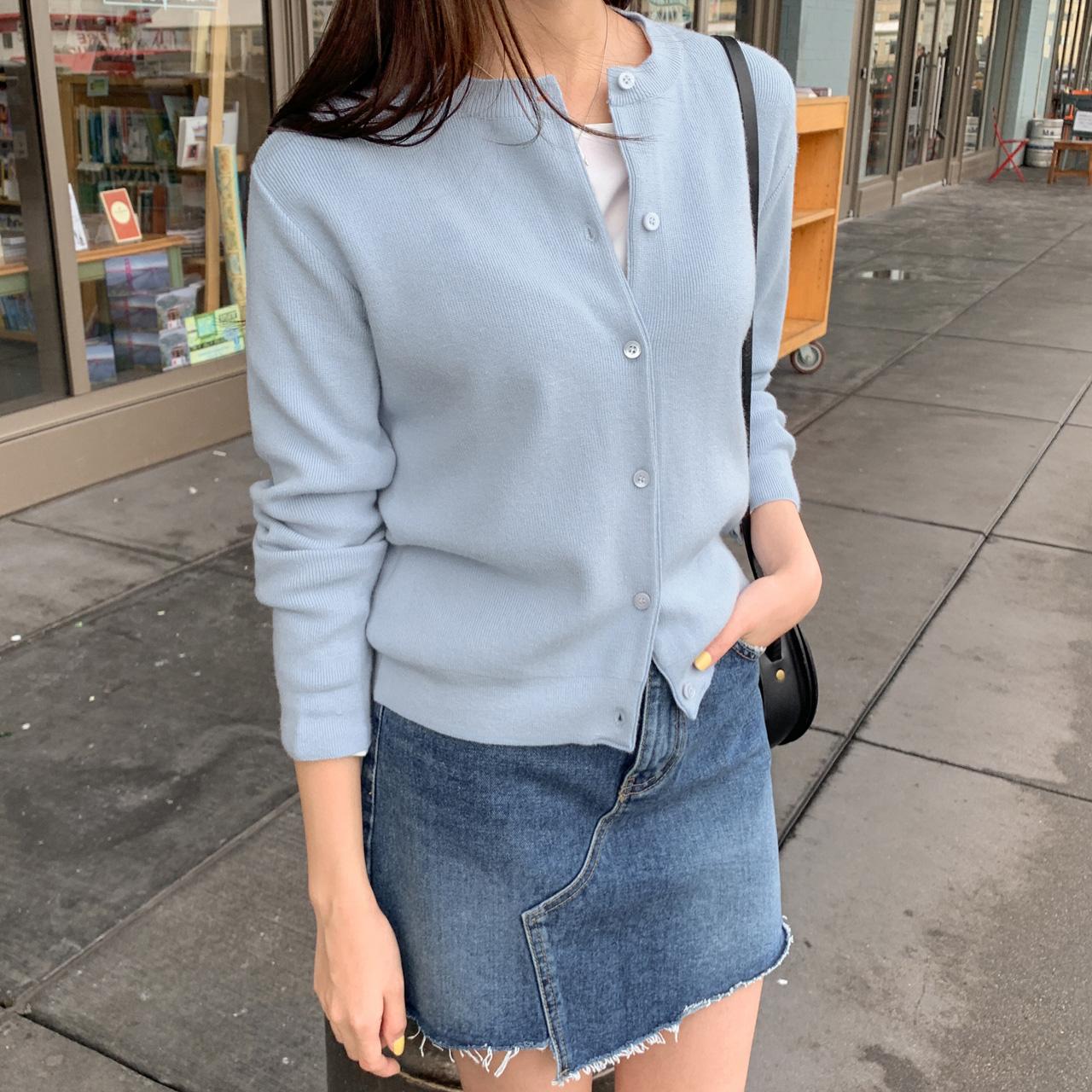 甜甜圆领短款针织小开衫
