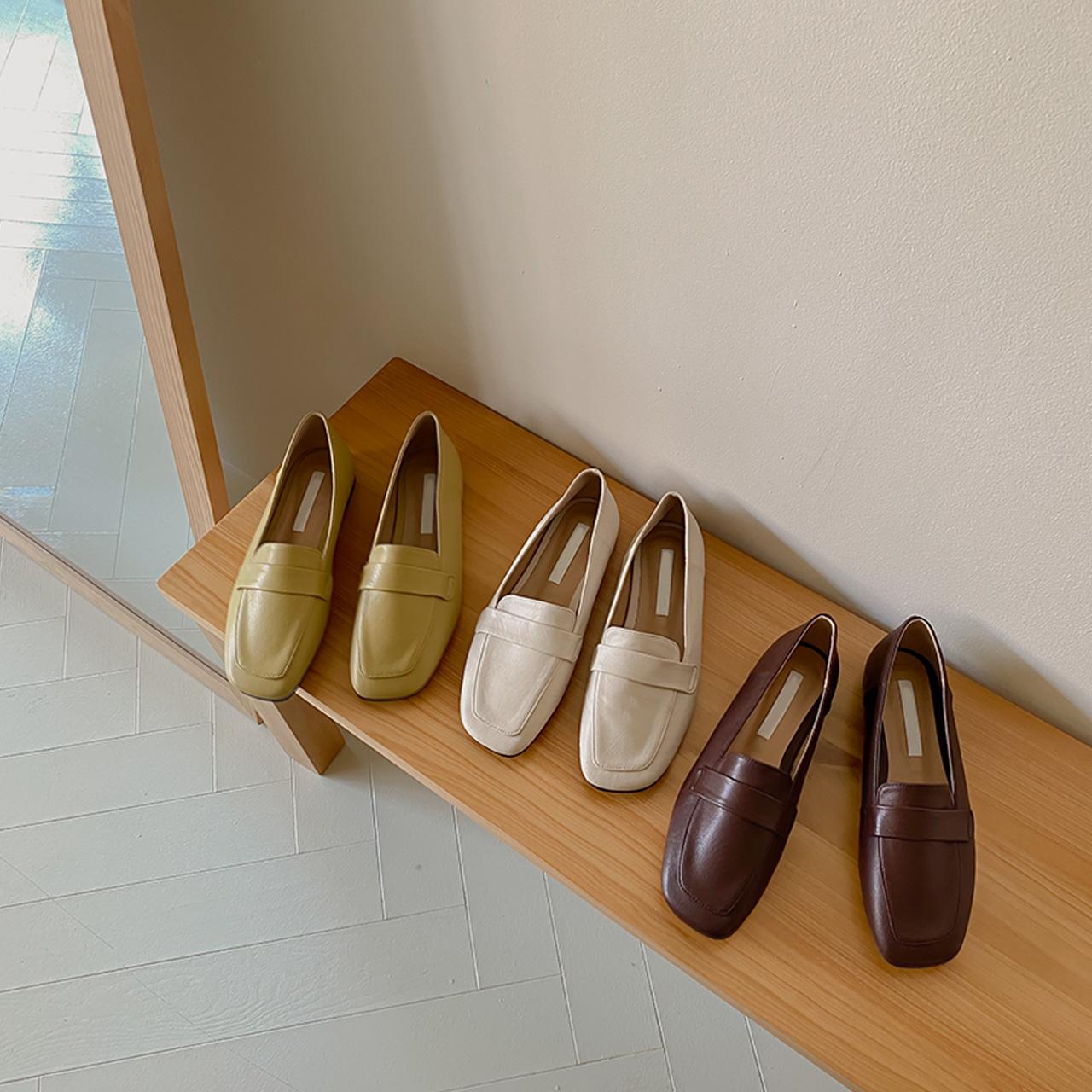百搭方头平底单鞋