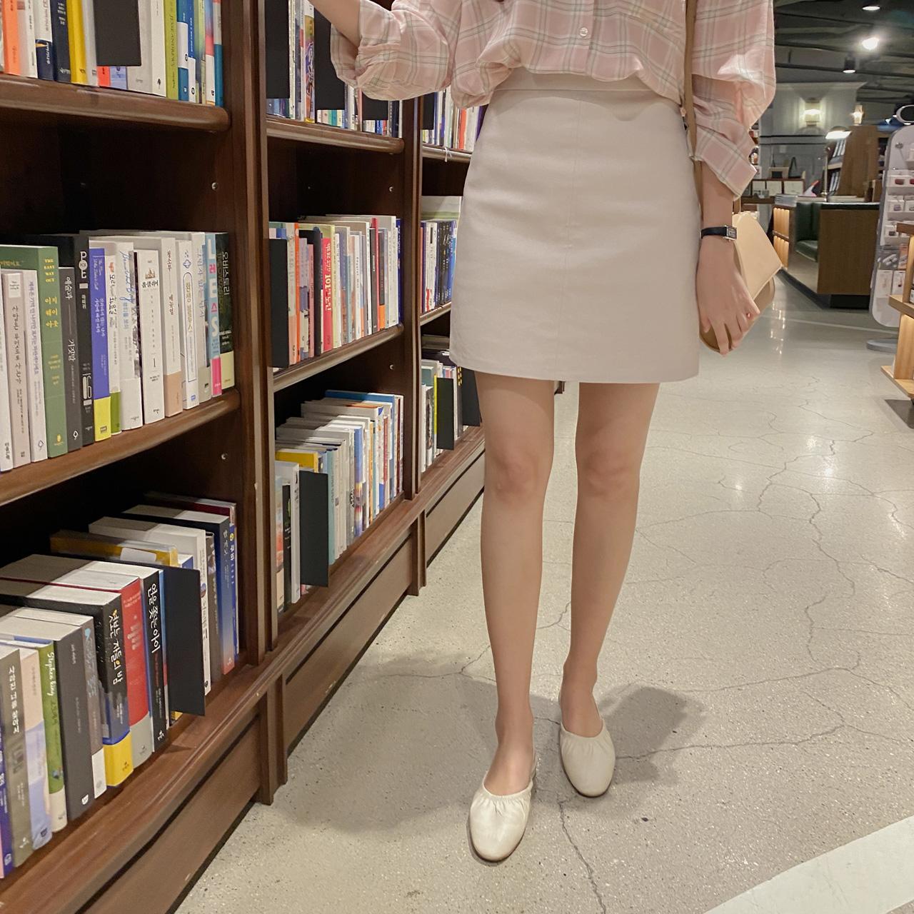 百搭基本款简约半身裙
